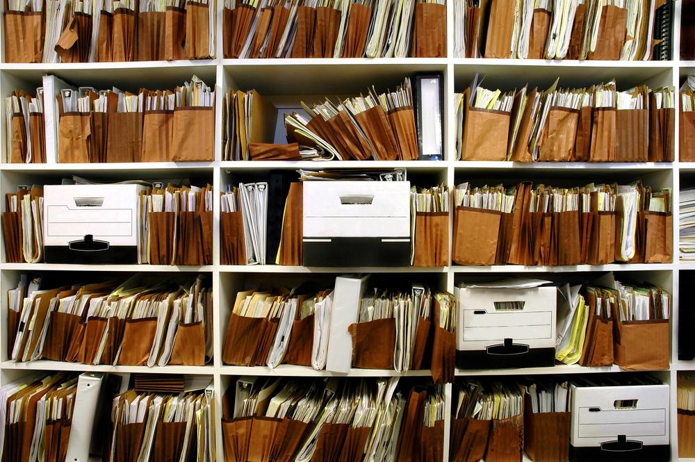 Digital vs Paper Documents  : Comparing Key Factors