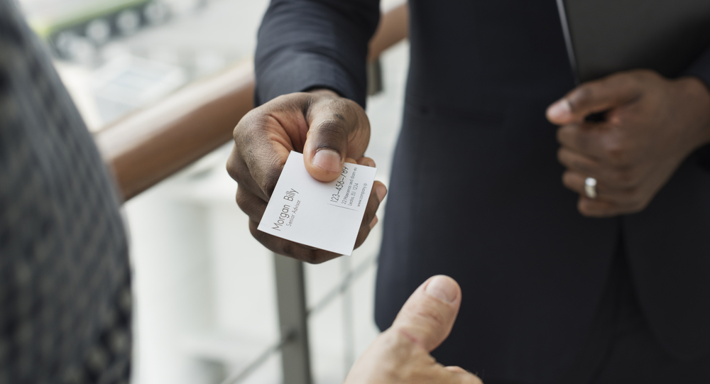 Are Business Cards Still Worth It?